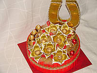"""Торт из конфет""""шкатулка удачи""""красно-золотой"""