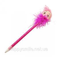 Ручка куколка с перьями