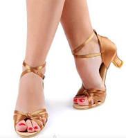 Женские туфли для бальных танцев (латина, сальса)