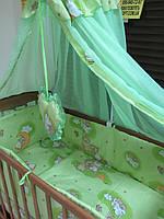 В наличие без балдахина! Постельное бельё в детскую кроватку Мишки на лестницесалатовый