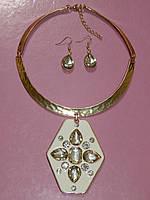 Ожерелье подвеска и серьги, металл под золото 000761