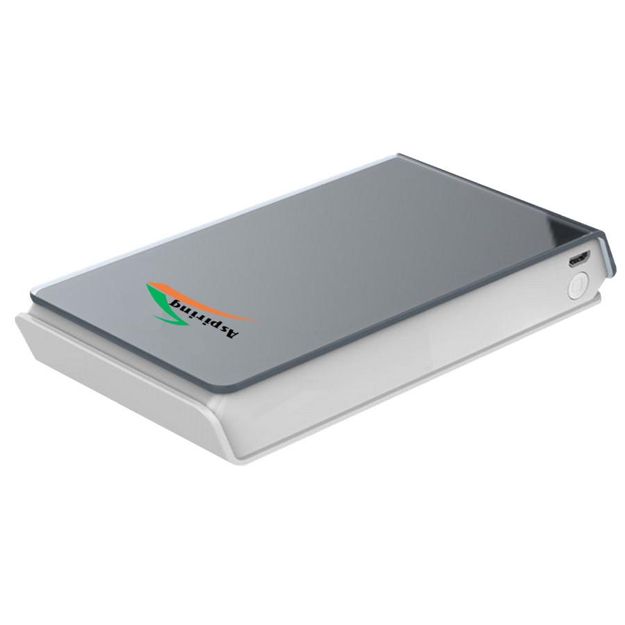 Aspiring TR132 - универсальный аккумулятор на 13200 мАч