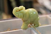 Слоники из натуральных камней