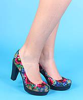 Туфли на танкетке и высоком каблуке в стиле Матрешка