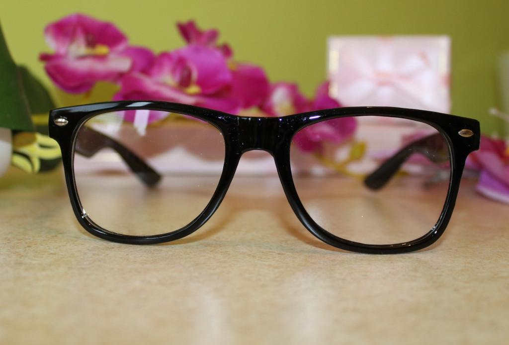 Женские солнцезащитные очки кери
