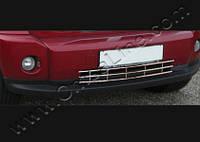 Dodge Nitro хром решетка в бампер из нержавейки
