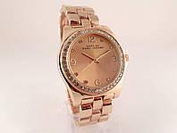 Женские часы от  Marc by Marc Jacobs - цвет золото, прозрачные