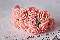 Букетик розочек 2,5 см диаметр мини 12 шт. персиково-розового цвета на стебле