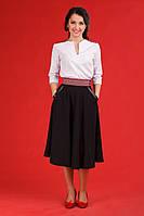 Женский офисный костюм с вышивкой.  Жіночий костюм Модель:ЖК 53