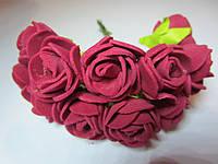 Роза бордовая, букетик из 11 цветков, диаметр розы 25 мм