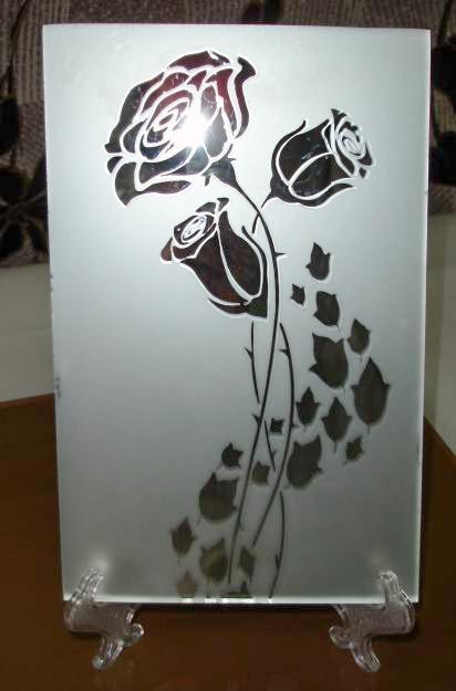 Atimat pro розы на зеркале