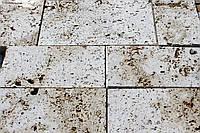 Отделочная плитка из натурального камня травертин