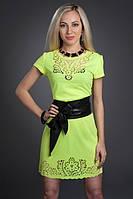 Молодежное платье с перфорацией
