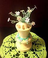 Сувенир ваза с цветами -подставка под карандаши. Прекрасный подарок на 8 марта