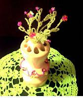 Сувенир ваза с цветами розами -подставка под карандаши. Прекрасный подарок на 8 марта