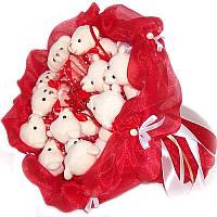 Букет из мягких игрушек Мишки 11 белые в красном