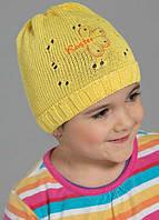 Тонкая шапка для девочек на весну