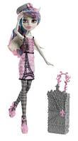 Кукла Monster High Travel Scaris Rochelle Goyle,  Монстер Хай Рошель Гойл из серии Путишественницы.