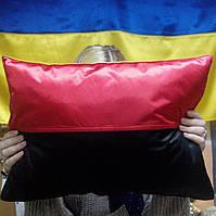 Подушка червоно-чорна, автомобильная подушка, подушка УПА, українська символіка
