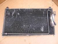Радиатор кондиционера 6388350170 б/у 2.3TD, 2.0cdi на Mercedes Vito 638 год 1996-2003 деффектный