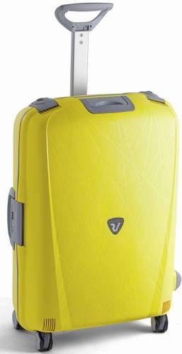 Четырехколесный пластиковый чемодан-спинер 70 л. Roncato Light 500712/06 желтый