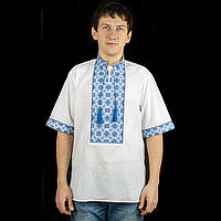 Стильная мужская вышиванка с модным орнаментом
