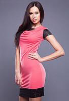 Женское платье кораллового цвета с отделкой из черного гипюра MM30049