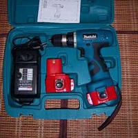 Аккумуляторный шуруповерт makita 6270 d, дрель, 2 аккумуляторные батареи, зарядное устройство, пластиковый фут