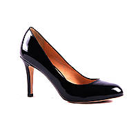 Классические черные туфли-лодочки из лакированной кожи