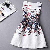Легкое платье с бабочками
