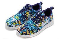 Женские кроссовки Nike Roshe Run Print N-30123-93