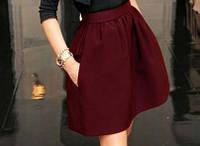 Модная женская юбка цвет бордо