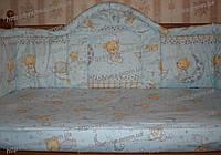 Бампер защитный, высокий (40 см) и комплект постели в кроватку детскую