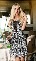 Привлекательное нарядное женское платье с вилюровым напылением гипюровой вставкой на груди трикотаж