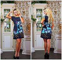 Яркое женское легкое платье в цветах