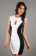 Летнее стильное трикотажное платье визуально стройнящее