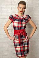 Женское платье-футляр в красную клетку 890