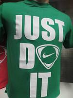 Мужская спортивная футболка Найк