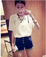 Блузка- рубашка с короткими  рукавами.