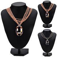 Ожерелье с большим кулоном