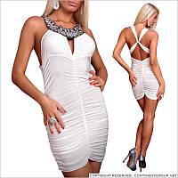 Белое платье с камнями