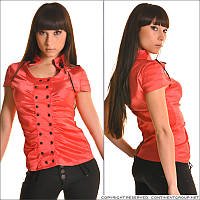 Красная блузка с коротким рукавом