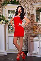 Женское мини-платье с кружевными вставками