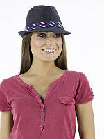 Шляпа федора чёрного цвета с лентой  в полоску