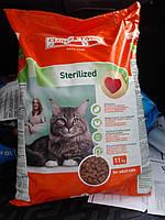 Клуб 4 лапы сухой корм для кастрированных котов и стерилизованных кошек 11 кг