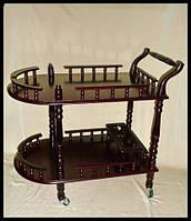 Деревянный столик на калесиках