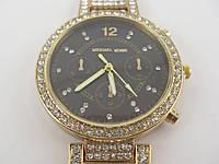 Часы наручные женские Michael Kors 013130 золотистые с черным циферблатом