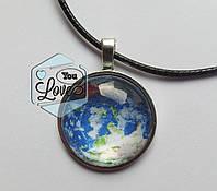 Подвеска стеклянная  круглая ручная работа Планета земля