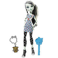 Кукла Monster High Classrooms Frankie Stein, Френки Штейн из серии Убийственный Стиль.