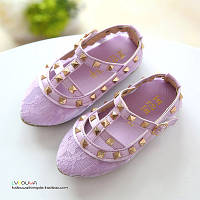 Туфли детские реплика Valentino с заклепками